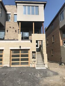 Modern Whitby Townhome for Rent