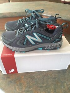 New Balance sneakers new in box