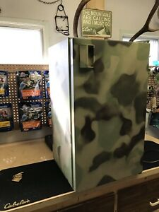 Camo mini fridge