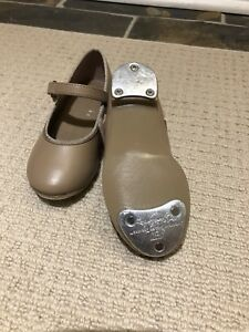 Tap shoes toddler size 7