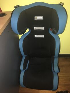 Kids booster seat. Ages 4-8 years old