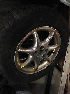 "15"" chrome rims with snow tires"