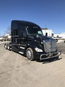Kenworth T-680 Highway Tractor