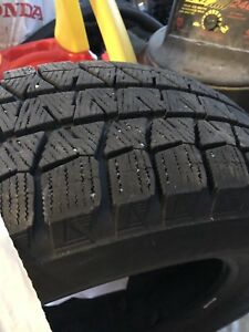 4 x Bridgestone Blizzak Winter Tires 235/65R17