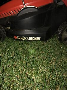 Black and decker battery powered lawnmower $100