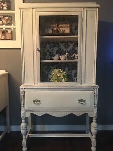 Shabby chic china cabinet
