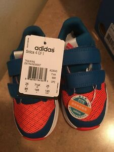 New Adidas kids size 8 boys