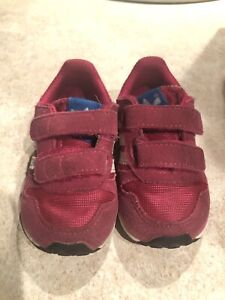 Soulier Adidas 4K- Adidas shoes 4K for girl 2 Y