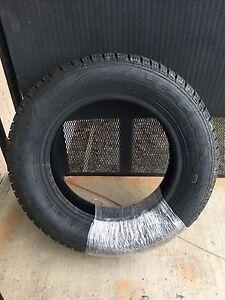 4 pneus neuf 175/65r14