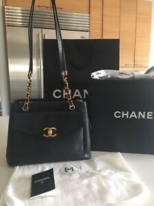 42d52ae63c80 Chanel | Buy or Sell Women's Bags & Wallets in Calgary | Kijiji ...