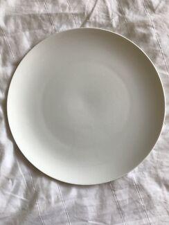 8 x Maxwell and Williams oversized dinner plates 31cm diameter & dinner in Ku-ring-gai Area NSW | Dinnerware | Gumtree Australia ...