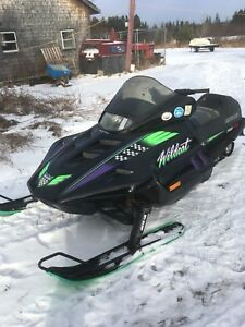 1993 700 arctic cat wild cat snowmobile