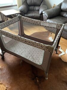 Playpen in perfect condition