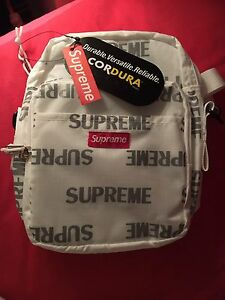 Supreme 3M shoulder bag
