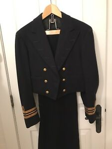 VINTAGE CANADIAN NAVY MESS JACKET