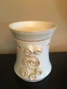 Scentsy warmer (bride edition)