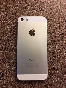Unlocked iPhone 5s Silver 16gb