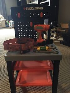Black and Decker tool bench and tools