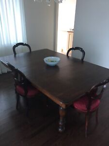 Pleasant Gorgeous Table Buy Or Sell Dining Table Sets In Ottawa Home Interior And Landscaping Elinuenasavecom