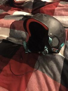 Men's Black K2 snowboard helmet with speakers