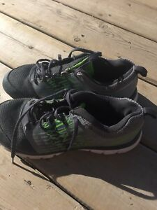 Boys reebok shoes