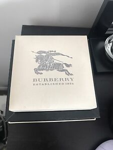 MEN BURBERRY WATCH