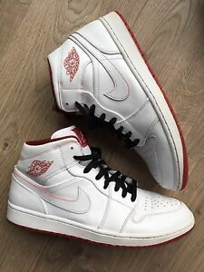 Jordan 1 White, red and black Gyms size 12