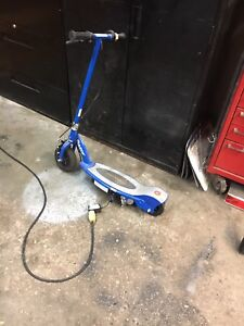 E150 Electric Scooter