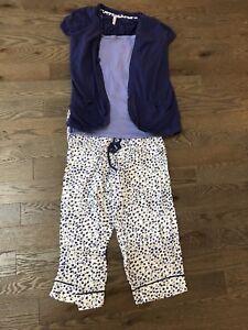 Maternity/nursing 3-piece pyjama set (size small)