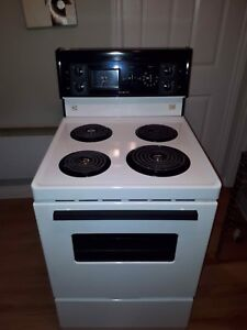 24 in stove in great condition super clean and functional