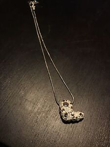 Swarovski Crystal Heart Necklace Barely Worn Cambridge Kitchener Area image 2