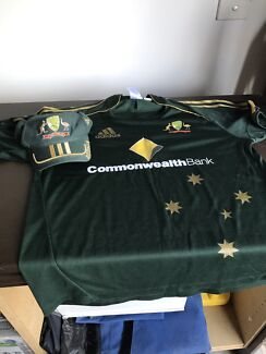 Australian One Day top and cap