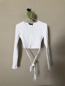 White long-sleeved shirt