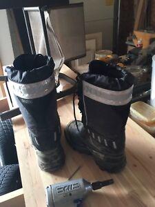 Dakota steel toe snow/work boots