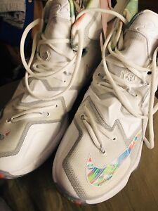 c8e46e6593191 Lebron XIII Easter Basketball Men s Size 9US