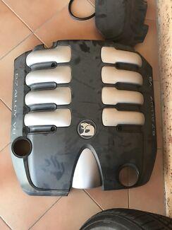 HSV engine cover 5.7L V8