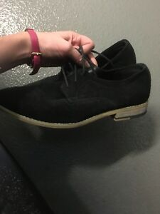 Steve Madden suede shoes