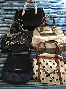 Lot of Purses x 5, 2 are NEW