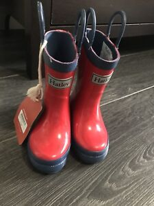 New boots size 5T