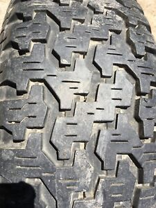 Tire with Rim for Truck