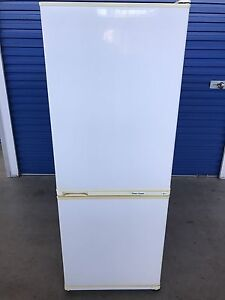 Fridge freezer - Fisher & Paykel 400L (Delivery Available) Brompton Charles Sturt Area Preview