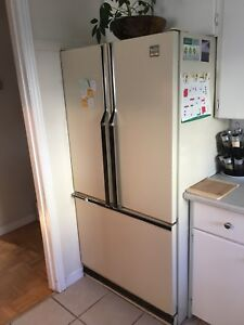 Fridge and stove combo 200$ for both units