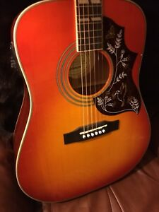 Epiphone Humingbird Pro by Gibson acc/elec