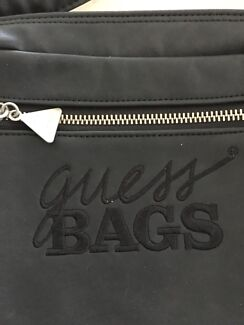 Reduced Authentic Cross over / shoulder Guess Bag