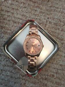Brand new Women's Rosegold Fossil Watch
