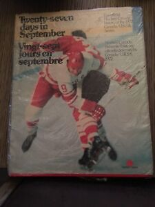 Hockey cards and books