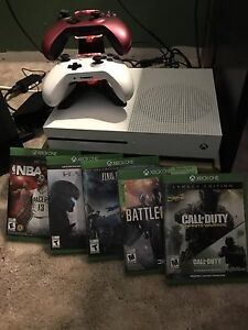 Selling Xbox one s 1tb