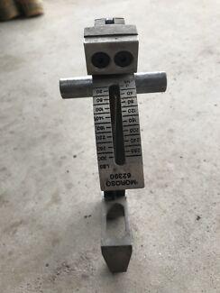 Moroso valve spring seat pressure tester