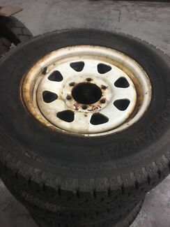 Wheels & tyres 6 stud 4x4