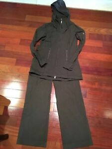 Lululemon jogging suit size 8